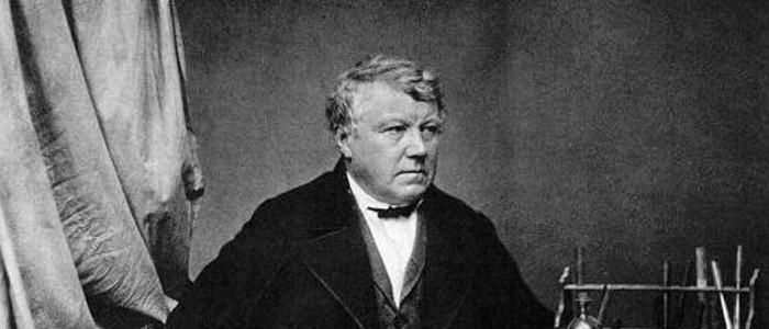 1849. Inicia la historia del ozono con su descubrimiento por Christian Friedrich Schönbein
