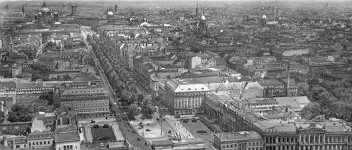 1898. Se funda el Instituto de Terapia de Oxígeno en Berlín.