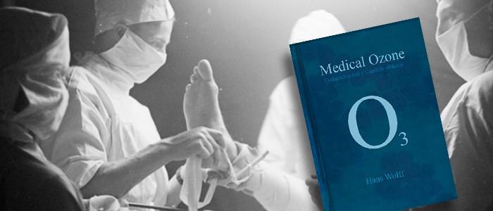 """1953.El doctor Hans Wolff comienza a utilizar ozono, entrena a varios colegas y escribe el libro """"Ozono médico""""."""